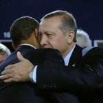 Obama (di spalle) ed Erdogan