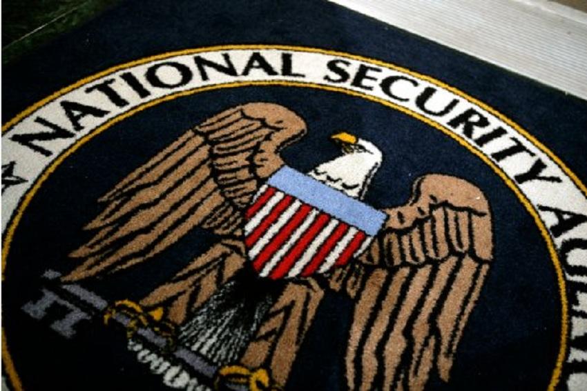 """Servizi Segreti: Edward Snowden, """"dopo Assange, un'altra talpa pronta a colpire…"""""""