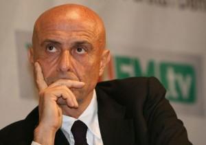 Marco Domenico Minniti, Sottosegretario con delega ai servizi segreti.