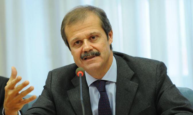 direttore generale del Dis, Giampiero Massolo