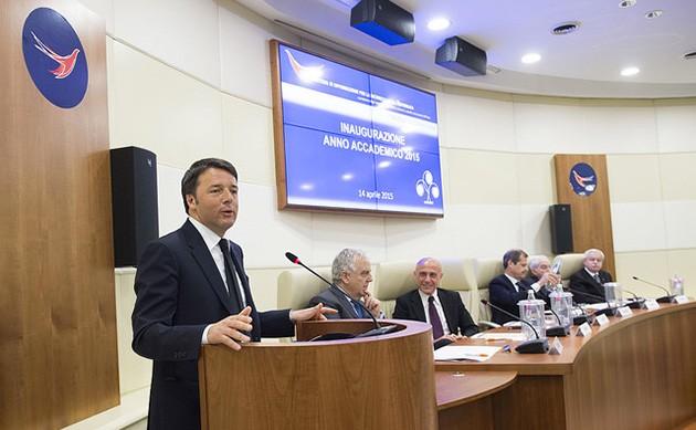 Il Presidente del Consiglio, Matteo Renzi, ricorda Nicola Calipari, Funzionario del Sismi (Aise) morto in Iraq a Baghdad, il 4 marzo 2005.