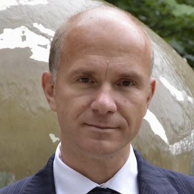 Dr. Evan Ellis