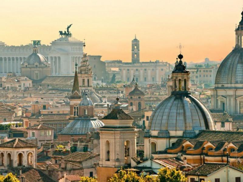 Roma, immagini che simboleggiano il mondo cristiano ed il suo Patrimonio...